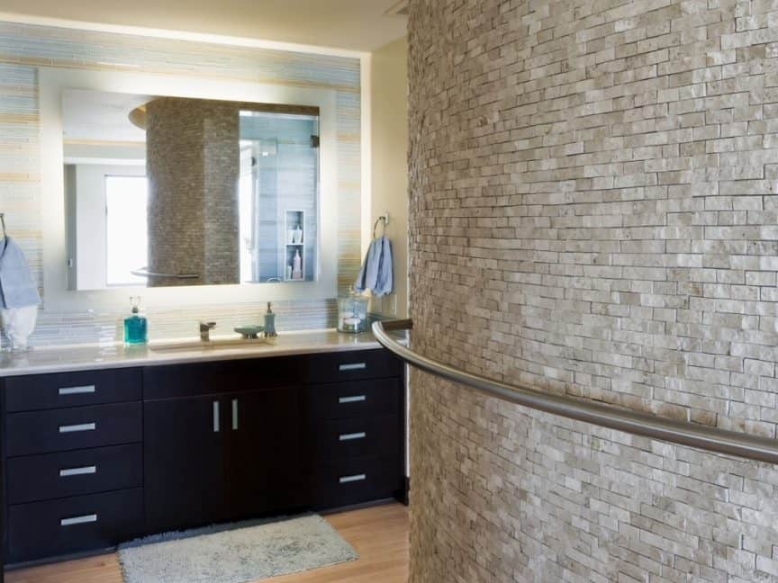 Tile a Curved Wall